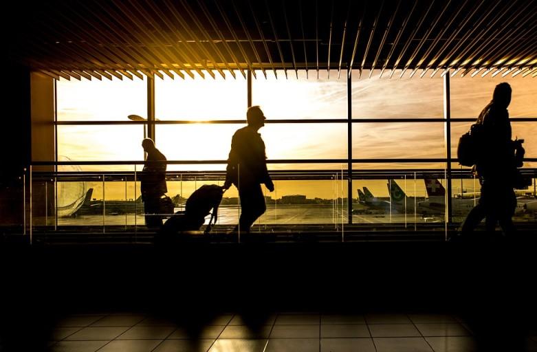 airport-1822133_960_720